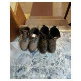 2 pairs of men
