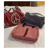 Little blue fossil bag, peace sign and bath &