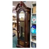 Ridgeway grandfather clock with key and original