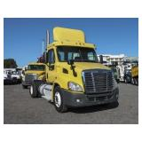 2011 FREIGHTLINER CASCADIA Single Axle Daycab,