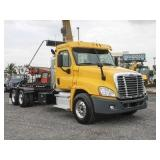 2011 FREIGHTLINER CASCADIA Roll-Off Truck