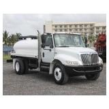 2009 INTERNATIONAL 4300 Water Truck