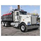 2005 KENWORTH W900 T/A Steel Dump Truck