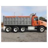 2007 MACK PINNACLE Tri-Axle Steel Dump Truck