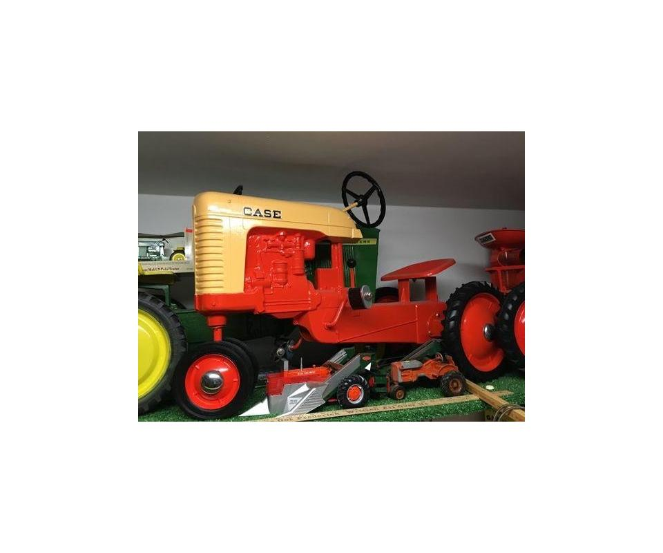ABSOLUTE Farm Toy Auction