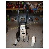 Pulsar 1600 PSI electric power washer w/ box. &