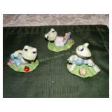 "3 Frog figurines Homco 2"" x 3"""