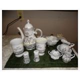 25th Anniversary Teapot, 2 mugs, cream & sugar