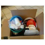 Plastic contents box lot - bowls, pitchers,