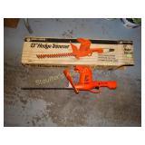 """Black & Decker 13"""" hedge trimmer model 8115"""