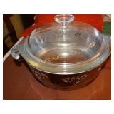 Glasbake 2 qt casserole dish with lid and crome