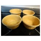 "4 custard cups oven serve ware, 4"" x 2"""