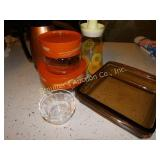 Pyrex lot, baking dish, 2 canisters, bowls, juice