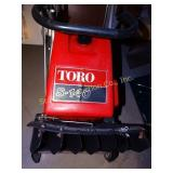 Toro S-140 Snow  thrower - gas