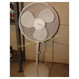"Honeywell floor fan-43""H oscillating"