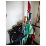 Plastic organizer w/flag, bike pump, jumper
