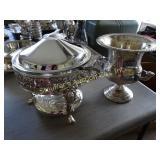 Chafing dish w/Anchor Hocking glass insert &