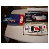 Kevin Harvic #29 car 2001 1:24 scale stock car
