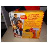 Red Toolbox kids elect. drill 7.2V NIB