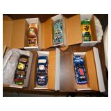 6 Plastic model cars