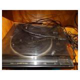 Pioneer Turntable  PL-670