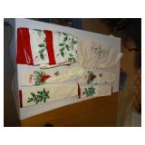 Christmas towels, tablecloths & doilies