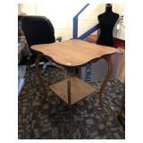 Oak Fern Table