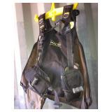 Malibu vest oxygen tank holder size large