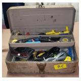 VINTAGE TACKLE BOX W/ ASSTD ELECTRICAL SUPPLIES
