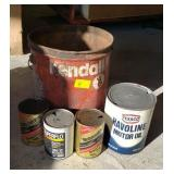 5 ADVERTISING OIL CANS