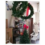 2 LARGE CHRISTMAS WREATHS & TREE