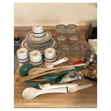 Dishes, Glasses & Flatware