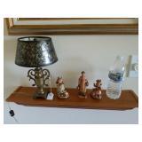 SMALL DECORATOR LAMP & 3 SMALL FIGURINES
