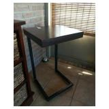 MODERNISTIC LAMP TABLE