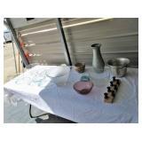 Glass Bowls, Pottery, Vase, Kitchen Items
