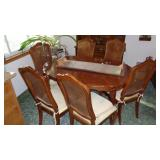 Dinning Table with 6) Chairs and one Leaf