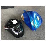 2 fuel tanks