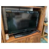 Toshiba flatscreen TV and DVD/VHS with remote