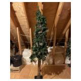 6 foot Christmas tree with ornaments