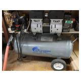 6.3 gal air compressor