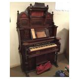 Numan Bros. Victorian High Back Parlor Organ