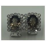 585 white gold earrings