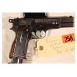 Browning Hi Power Belgium  9mm with 2 cl