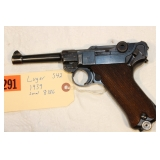 Luger S42  1939 9mm serial 8186 with documentation