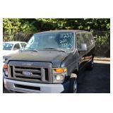 2011 Ford 15 passenger 73K