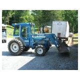 2120 Ford Tractor w/ Cab