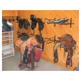 4 English Saddles