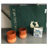 12 ceramic jars, cleansing bar and canvas tote bag