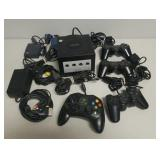 Nintendo Gamecube, Playstation controller & cables