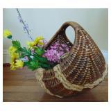 Woven basket w/ flowers